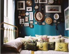 Swoon Worthy: Style Inspiration: Peacock Blue to Deep Teal Walls... love the pics against the teal