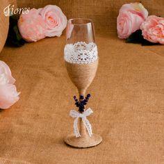 Očarte vinatge pohárom a nechajte sa uniesť vôňou levandule!