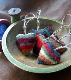 Handmade Heart Decorations that Make Great Gifts. Felted Wool Crafts, Felt Crafts, Fabric Crafts, Sewing Crafts, Valentine Day Crafts, Christmas Crafts, Valentines, Crochet Christmas, Recycled Sweaters