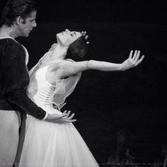 Diana Vishneva and Marcelo Gomes in Mariinsky's Giselle Photos by Marc Olich