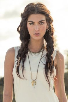 love the messy braids, wrapped in other braids, making 2 pigtail-braids; Boho chic