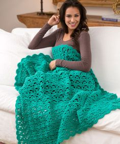 Aqueous Throw FREE pattern, yummy - not many ends to darn in! ✿⊱╮Teresa Restegui http://www.pinterest.com/teretegui/✿⊱╮