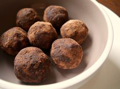 Spirulina Goji and Cacao Bliss Balls - Nourish Every Day