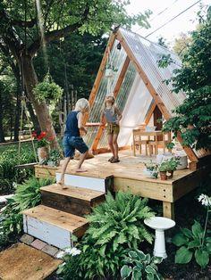 Backyard Playground, Backyard For Kids, Backyard Projects, Outdoor Projects, Backyard Patio, Backyard Landscaping, Cool Backyard Ideas, Backyard Treehouse, Treehouse Ideas