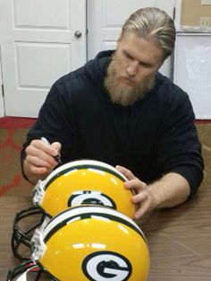 Nfl, Clay Matthews, Football Baby, Green Bay Packers, Shades, Celebrities, Amazing, Celebs, Celebrity