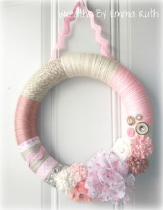 So Adorable!!!! I am going to make something like this for Kay's door!
