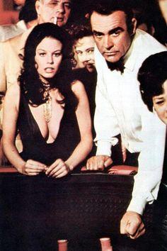 Plenty O'Toole & James Bond  - Lana Wood & Sean Connery - Diamonds are Forever
