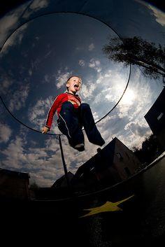 Dzieci uwielbiają skoki na trampolinie:)  www.trampoliny.pl  #trampoliny #trampolina #trampolines #trampoline #dzieci #kids