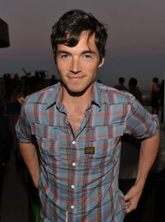 Ian Harding. beautiful man.