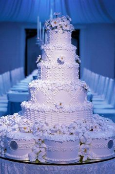 Wedding cake with icy white sugar flower decorate