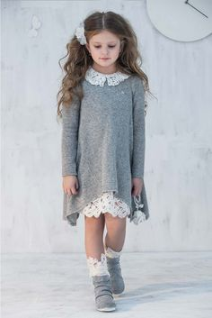 Set of Long sleeve dress and Knitted dress with lace collar