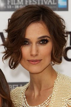 Keira Knightly short hair - like this length and curls