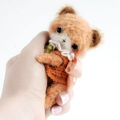 Fox Artist toy by TSminibears Sewing Kits, Sewing Patterns, Miniature Rabbits, Chocolate Wrapping, Bear Cubs, Silk Ribbon Embroidery, Stuffed Toys Patterns, Craft Kits, Teddy Bear