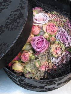 Hat box of flowers from Phillo of Notting Hill. Great idea for that hat box I didn't know what to do with.