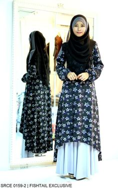 Muslimah Black White Floral Fishtail Dress