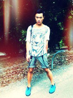 Vintage tiger t-shirt, Croquis shorts, Dr. Martins shoes, Alexander Wang bag.