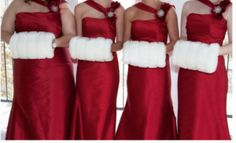 If I were to have a Christmas wedding  my bridesmaids would be wearing muffs.:) hahaha