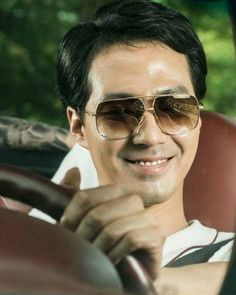 Jo In Sung, July 28, Asian Beauty, Kdrama, Singing, Mens Sunglasses, Handsome, King, Actors