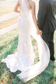 Tendance Robe du mariage An absolutely stunning gown: www. Country Style Wedding, Bridal Style, Bridal Gowns, Wedding Dresses, Reception Dresses, Gowns 2017, Wedding Inspiration, Wedding Ideas, Wedding Details