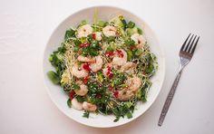 Kaipaatko kevyttä ja nopeaa ruokaa? Testaa aasialainen katkarapusalaatti Risotto, Chili, Ethnic Recipes, Food, Chile, Essen, Meals, Chilis, Yemek