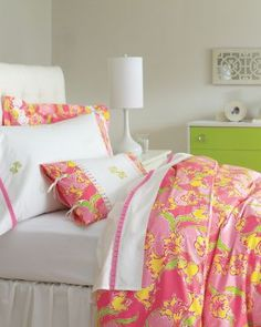 Lilly Pulitzer® Sister Florals Comforter Cover. Great for a guest bedroom