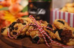 """V kuchyni """"Obyčejné ženy"""": Italské sušenky... Sushi, Muffin, Chicken, Breakfast, Ethnic Recipes, Food, Morning Coffee, Essen, Muffins"""