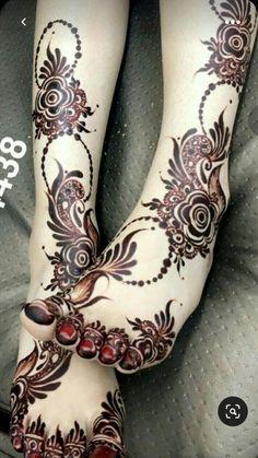 Leg Henna Designs, Khafif Mehndi Design, Modern Henna Designs, Arabic Henna Designs, Back Hand Mehndi Designs, Latest Bridal Mehndi Designs, Mehndi Designs Book, Mehndi Design Pictures, Mehndi Designs For Beginners