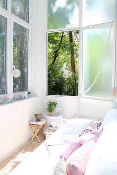 Relaxing on my porch... http://hollymaus.blogspot.de