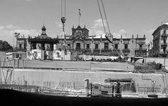 Construcción de línea 3 del tren.  Foto por:  @fmontelongo  #Guadalajara #enguadalajara #gdl #gdlmx #megustagdl #igersmexico #igersguadalajara #mextagram #mexico #mexicoandando #urbanexploration #perspective #photography #photooftheday #travel #wanderlust #liveauthentic #underconstruction #buildings #downtown #goverment #bnw #monochrome #centrogdl #cultura #construccion