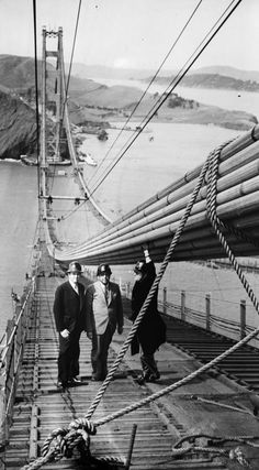 These Photos Of The Golden Gate Bridge Under Construction Are Frightening