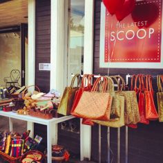 #StylishMonday - Almost 8 years ago, Vancouver shoppers had their first taste of SCOOP, a local pop-up store that appears in a unique location every summer and winter for just eight weeks at a time, debuting fabulous home décor, accessories and fashion pieces sourced from Vancouver, New York and Los Angeles.  During these exciting eight weeks, shoppers can find new items on an almost daily basis, adding to the exclusivity and popularity of SCOOP.