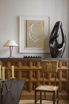 Un appartement parisien de collectionneurs - IDEAS - Dekor Labor Contemporary Interior Design, Decor Interior Design, Interior Styling, Furniture Design, Interior Decorating, Interior Designing, Diy Interior, Decoration Inspiration, Interior Inspiration
