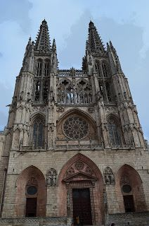 Santacara: Viaje a Burgos - Asociacion de Mujeres de Santacar... Barcelona Cathedral, Travel, January 28, Vintage Ads, Vacations, Viajes, Women, Destinations, Traveling