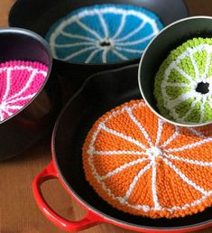 Super cute Knitted Pot and Pan Protectors - Fruit Slices with Easy Free Pattern + Knitting Video Tutorial with Studio Knit. #StudioKnit #knittingidea #knitstitchpattern