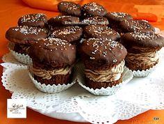 Én is szoktam muffint készíteni, de ilyet még nem csináltam. Hamarosan megsütöm. Muffin, Riga, Food And Drink, Cupcakes, Breakfast, Morning Coffee, Cupcake Cakes, Muffins, Cup Cakes