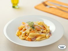 Sicilian-style gemelli with fennel, carrots and onions