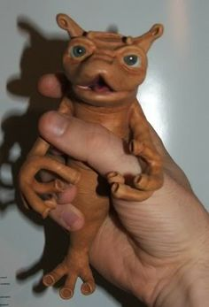 Puckmerrin from The Flight of the Navigator. As a kid I always wanted this little guy as a pet! Fiction Movies, Cult Movies, Horror Movies, Flight Of The Navigator, 80s Theme, Famous Monsters, Movie Props, 3d Character, Movie Characters