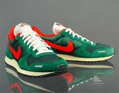 Nike Air Vortex VNTG – Gorge Green/Chilling Red