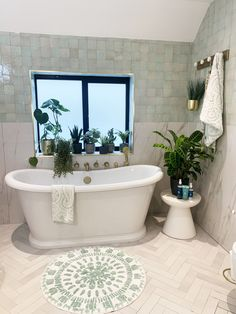 Tips and tricks on how to get that Spa feeling at home. Dark Lounge, Double Ended Bath, Spa Inspired Bathroom, Wall Hung Toilet, White Polish, Toilet Roll Holder, Shower Screen, Modern Bathroom, Bathroom Inspo