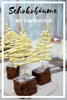 Delicious cinnamon cake and decorative chocolate trees - Pret .-Köstlicher Zimtkuchen und dekorative Schokoladenbäume – Pretty You # Chocolate Trees made quickly and pretty to look at. Add a delicious cinnamon cake and you have a great dessert too - Chocolate Tree, How To Make Chocolate, Chocolate Desserts, Delicious Chocolate, Making Chocolate, Christmas Chocolate, White Chocolate, Great Desserts, Healthy Dessert Recipes