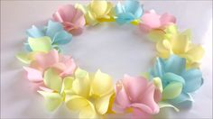 How to make an origami flower,Dahlia. Diy Lace Ribbon Flowers, Paper Flower Wreaths, Paper Flower Decor, Paper Flower Backdrop, Giant Paper Flowers, Paper Roses, Paper Decorations, Fabric Flowers, Easy Paper Crafts