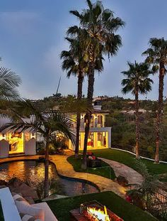 10048 Cielo Drive - Beverly Hills, California 90210 by Ben Bacal Reality