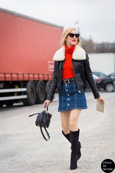 Street Style: Button-front denim skirt
