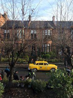 Iain @Iainyoung43  18h18 hours ago Vintage yellow cab arrives #outlander