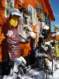 Amazing public art exhibit... HeidlebergProject #TyreeGuyton #Detroit #Art