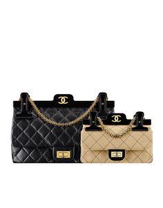 15c5937be4a6 64 meilleures images du tableau Chanel bags   Chanel handbags ...