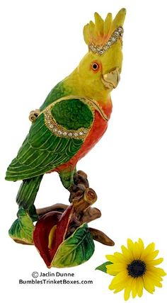 Trinket Box: Sunflower Parrot