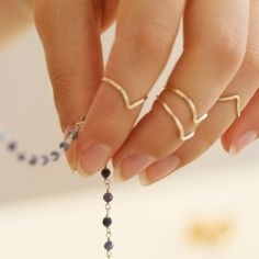 Phalanx-V-rings Delicate, Bracelets, Rings, Jewelry, Fashion, Outfits, Gold, Moda, Jewlery