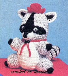 Amigurumi Raccoon Free Pattern (Enlarge picture to Read)