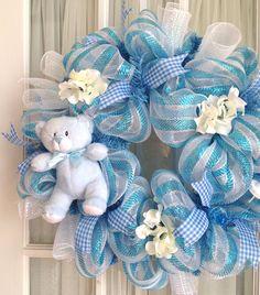 deco-mesh-baby-boy-wreath-blue-white-baby-door-han-1.jpg (1319×1500)